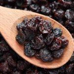 spoon-of-raisins
